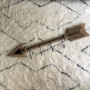 Arrow Key Hook (Hobby Lobby)